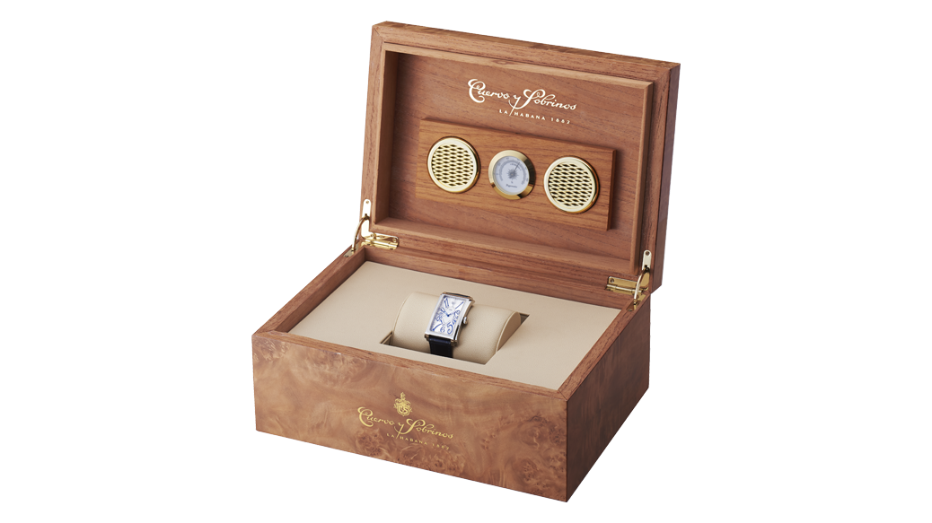 ヒュミドール(調湿ボックス)はクエルボ・イ・ソブリノス(CYS)のためだけに作られた特別なものです。