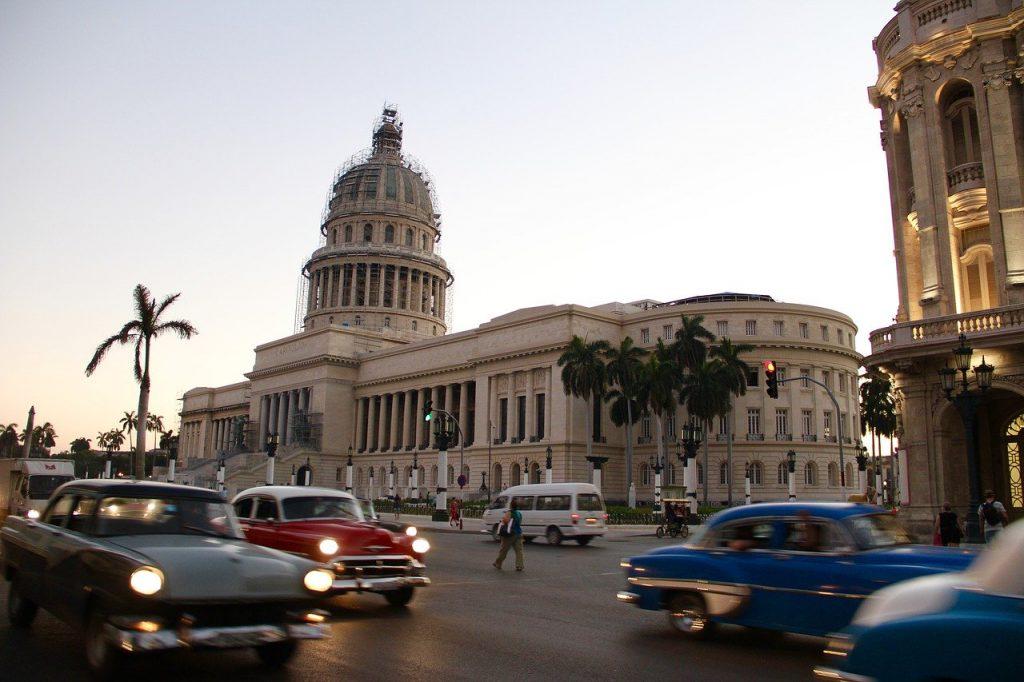 キューバ 国会議事堂