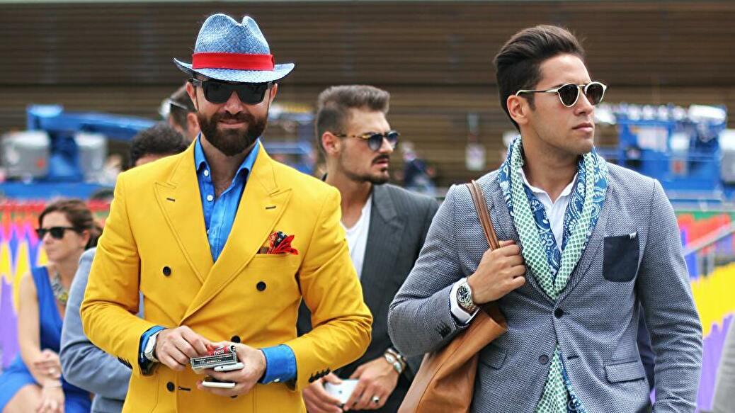 ファッションに違いを生み出すクエルボ・イ・ソブリノス
